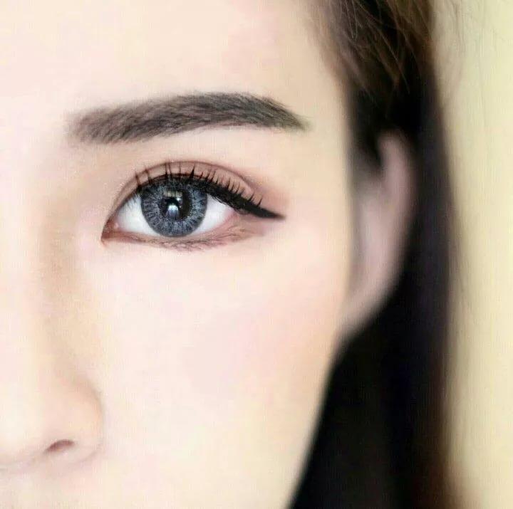 Корейские брови: особенности формы, коррекции и ухода