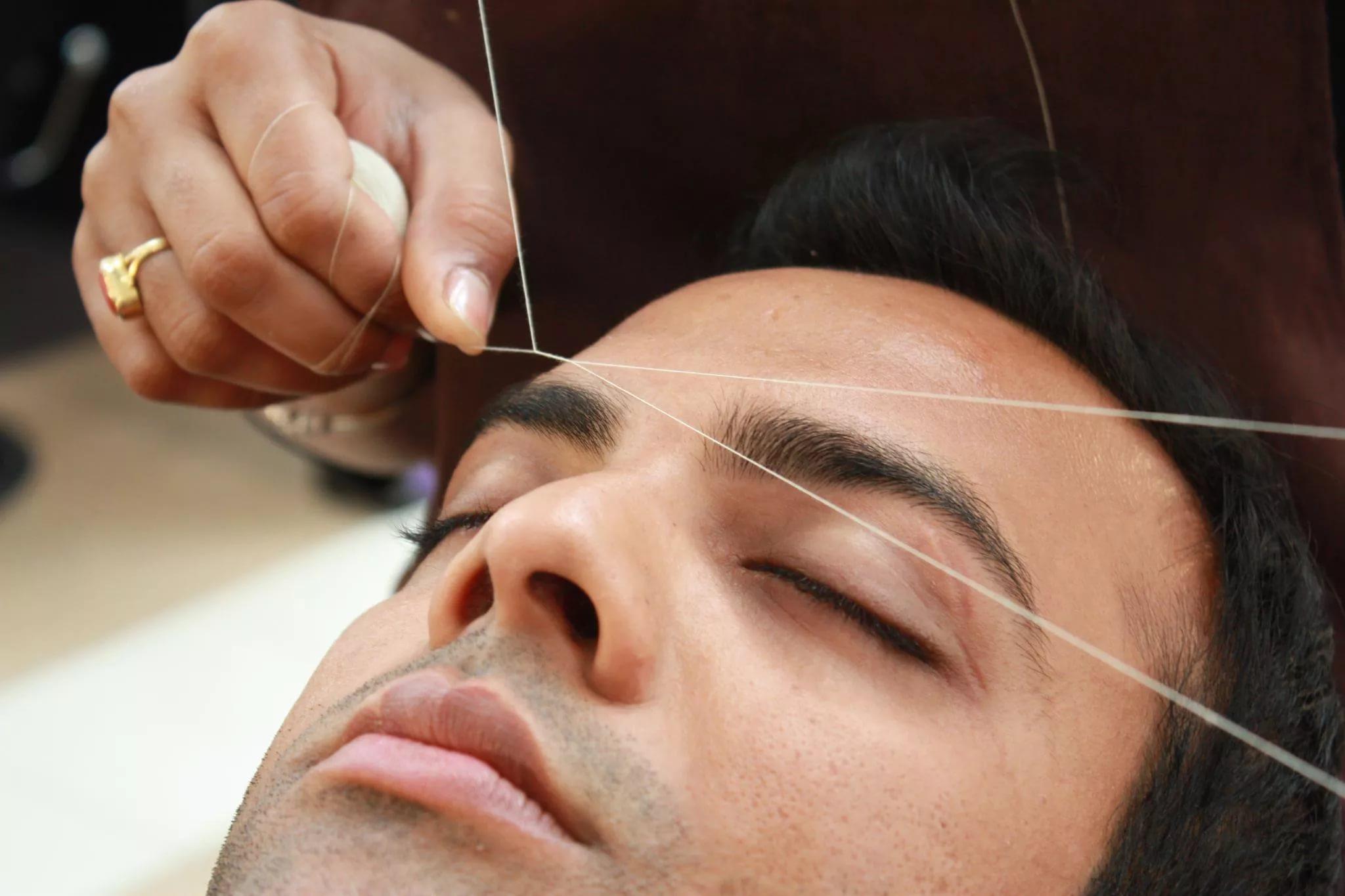 Мужские брови: как должны выглядеть идеальные брови и как за ними ухаживать?