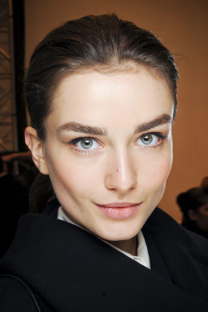 Широкие брови - хорошо или плохо, модно или нет?
