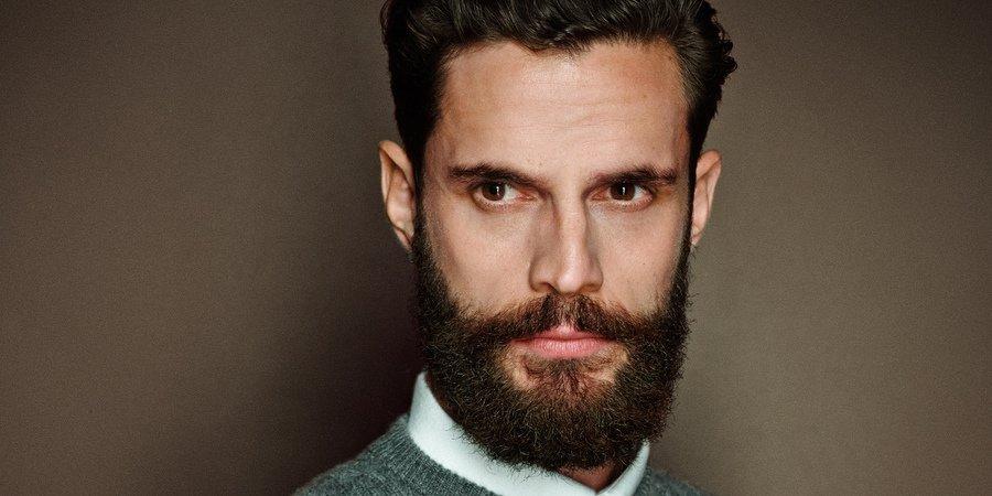 уложенная борода